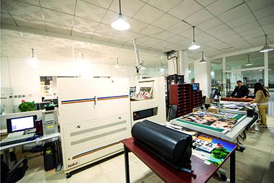 美图数码快印员工办公环境
